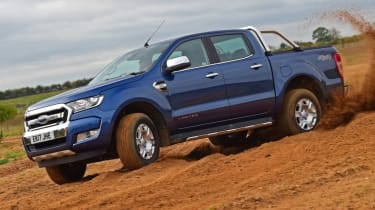 Ford Ranger - side off road