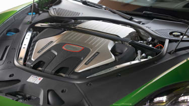 Porsche Panamera GTS - engine