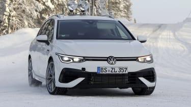 Volkswagen Golf R Estate - cornering