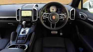 Porsche Cayenne Turbo - rear tracking