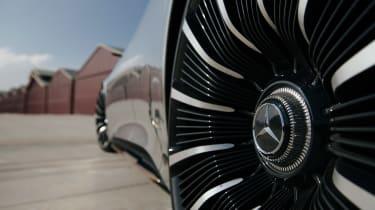 Mercedes EQS - teaser 8