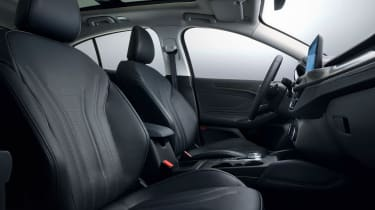 Ford Focus - front seats