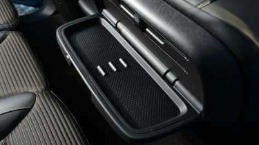 Renault Grand Scenic - tray
