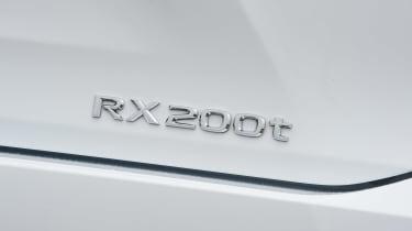 Lexus RX 200t - badge detail