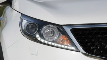 Kia Sportage 2014 light