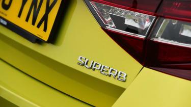 Skoda Superb - Superb badge