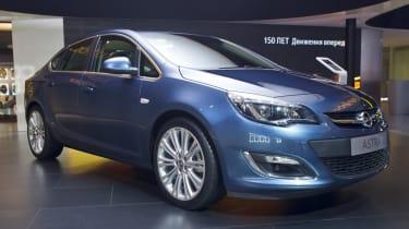 Opel Astra saloon