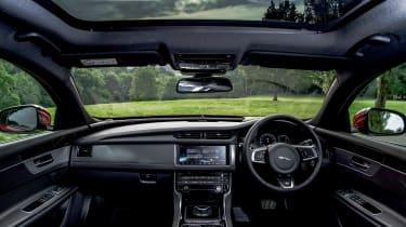 Jaguar XF Sportbrake - interior