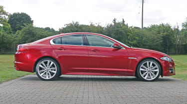 Used Jaguar XF - side