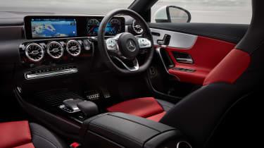 Mercedes CLA 250 AMG Line - interior