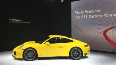 Porsche 911 Carrera 4S at Tokyo