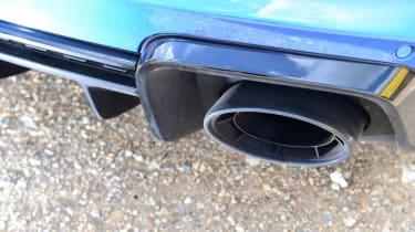 Audi R8 - exhaust