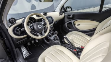 Smart ForTwo - leather cabin