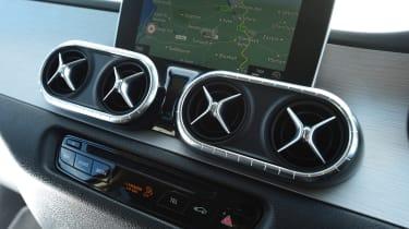 Mercedes X-Class - vents