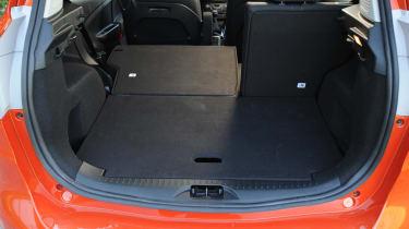 Ford B-MAX 1.6 TDCi Titanium boot