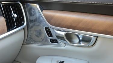 Volvo V90 - speakers
