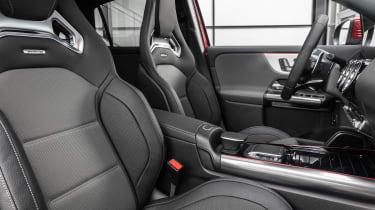 Mercedes-AMG GLA 35 - seats