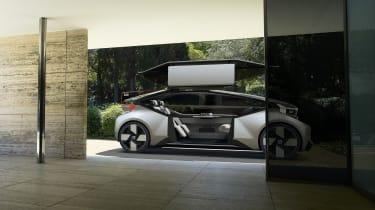 Volvo 360c concept - door open