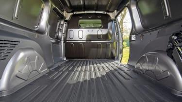 Nissan NV250 L2 load area