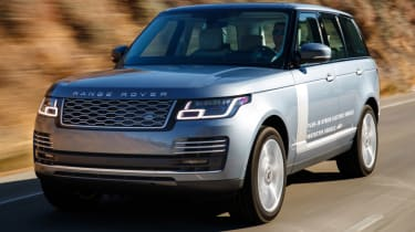 New Range Rover PHEV 2017 review - road tracking