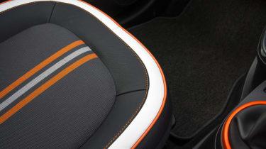 Triple test –Renault Twingo - seat