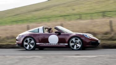 Porsche 911 Targa 4S Heritage Design Edition - side