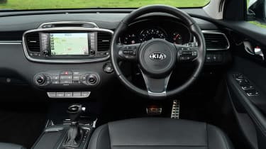 Kia Sorento long termer interior
