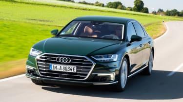 Audi A8 60 TFSI e - front tracking
