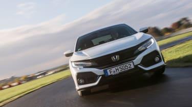 Honda Civic 2016 prototype - front cornering 3