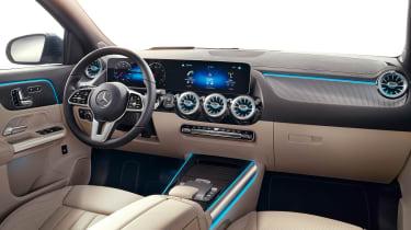 Mercedes GLA - cabin