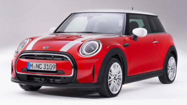 MINI 3-door hatch facelift - front red