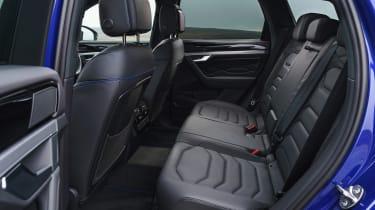 Volkswagen Touareg R - rear seats