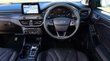 Ford Focus Vignale Estate - dash