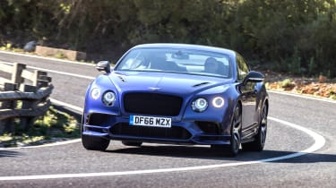 Bentley Continental Supersports 2017 - Moroccan Blue front cornering