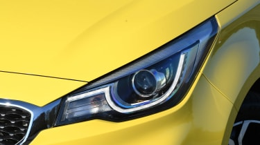 MG3 - front light
