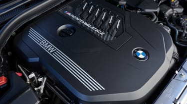 BMW M340i xDrive - engine