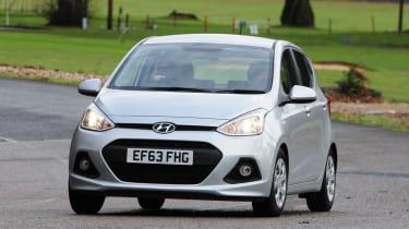 Hyundai i10 UK 2014 front action