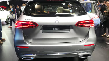Mercedes B-Class - Paris full rear
