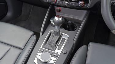 Audi RS3 - centre console