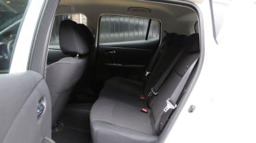 Nissan Leaf Visia seats