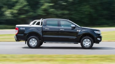 Ford Ranger 3.2 TDCi 2016 - side tracking