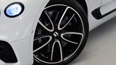 Bentley Continental GTC - studio wheel