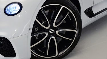 Bentley Continental GTC - studio wheel