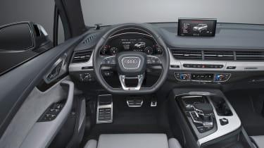 Audi SQ7 blue - interior