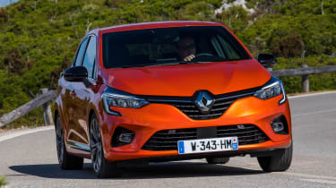 Renault Clio - front action