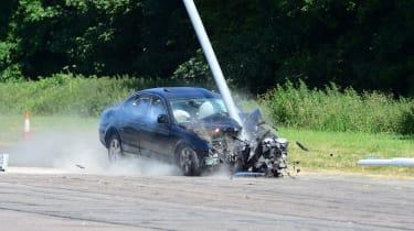 Jaguar S Type crash into lamp post