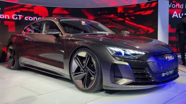 Audi e-tron GT -LA Motor Show - front 3/4
