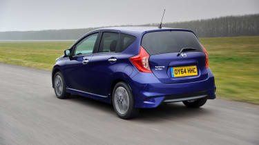 Nissan Note rear tracking