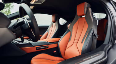 BMW i8 Ultimate Sophisto Edition - interior