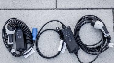 Mercedes A 250 e - charging cables